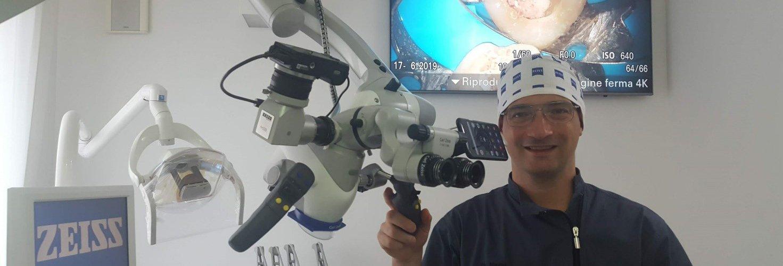 Microscopio in un'altra Ottica